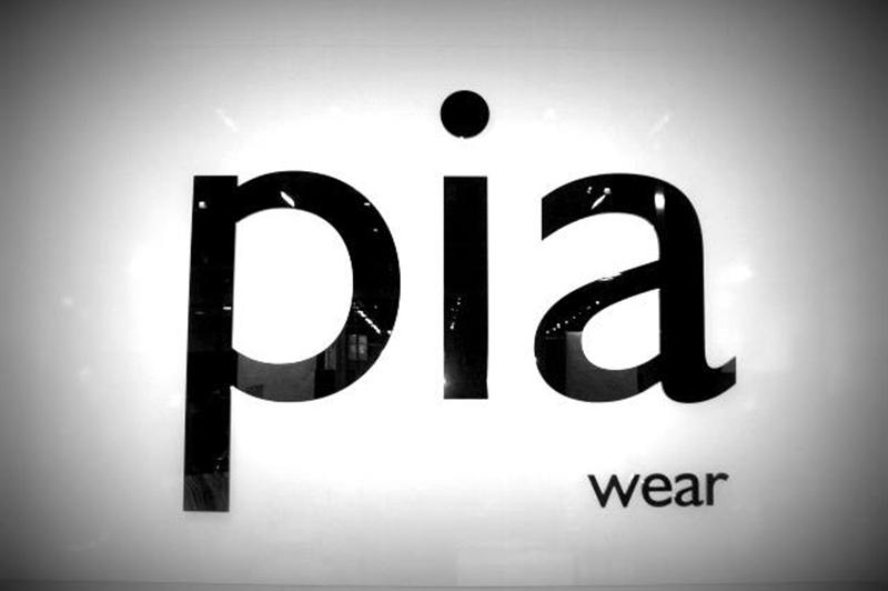 Pia Wear Maling Road